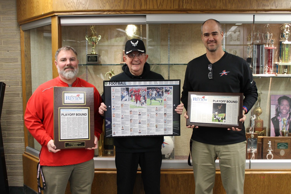 Elsass donates awards to Football team, Duce Johnson