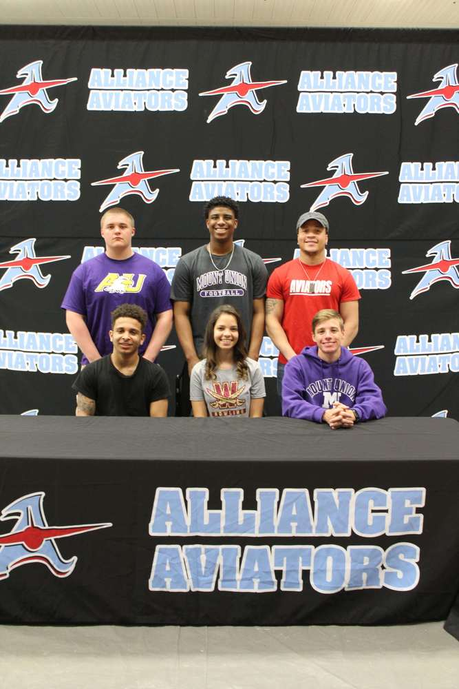 Second group of athletes sign to play for college/university
