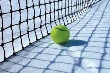 Large_tennis_snow